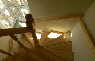Правила эксплуатации деревянных лестниц