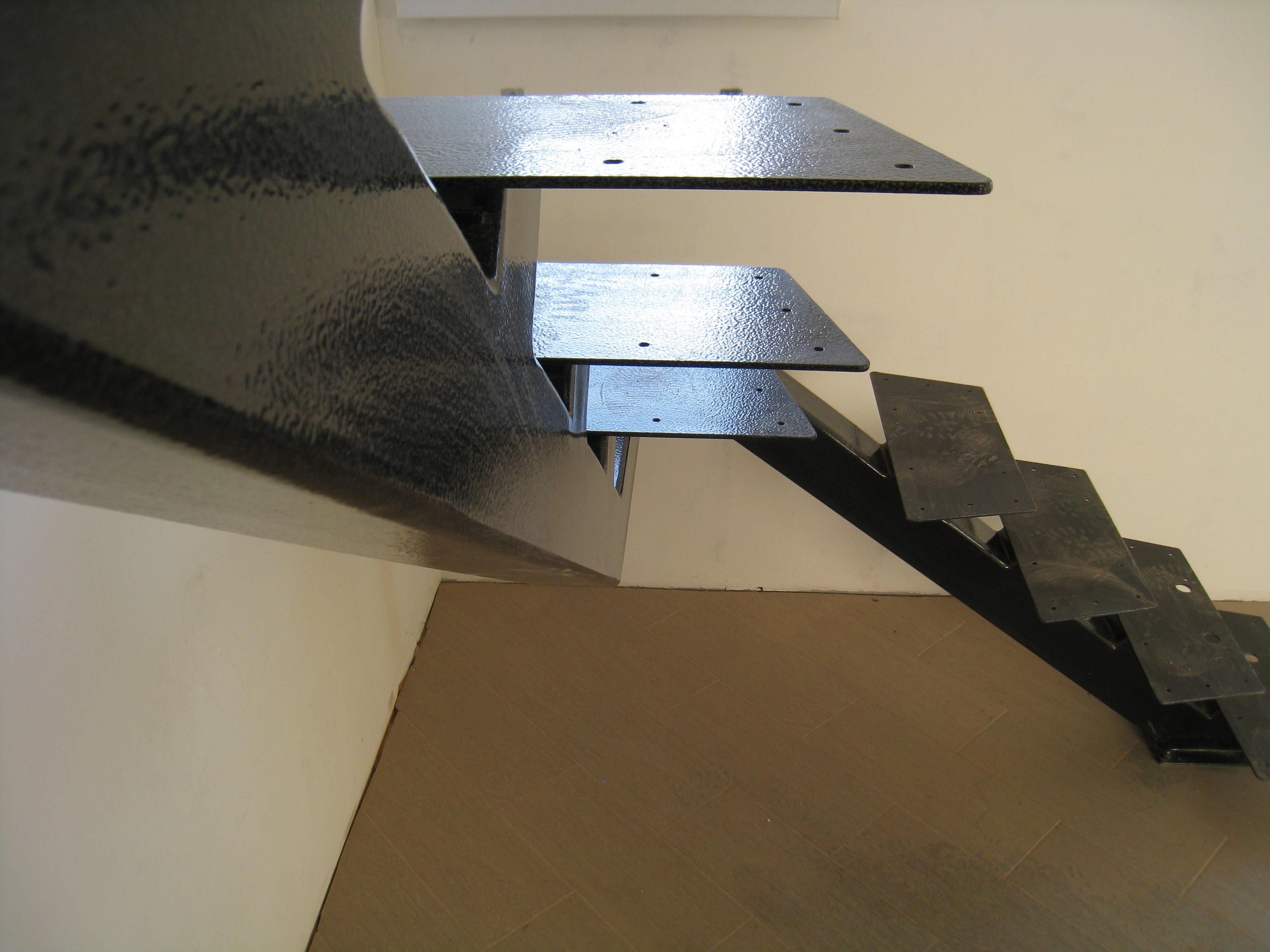 Центральный косоур для лестницы под заказ - 4
