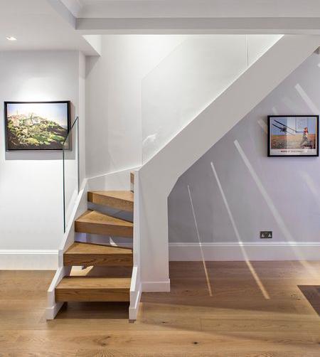 лестница г-образнная на второй этаж